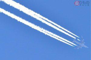 飛行機雲はなぜできるのか